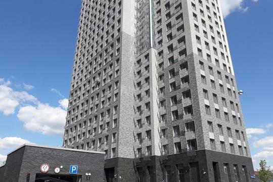 2-комн квартира, 67.6 м2, 15 этаж
