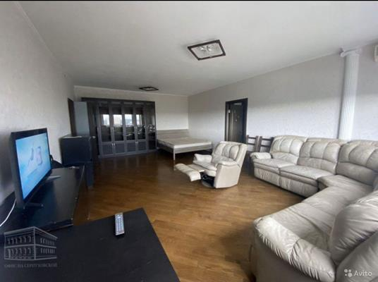 2-комн квартира, 87 м2, 20 этаж - фото 1