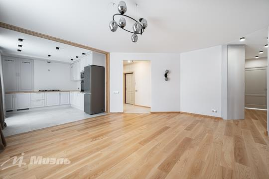 3-комн квартира, 87.1 м2, 2 этаж