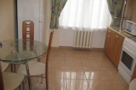 4-комн квартира, 90 м2, 2 этаж