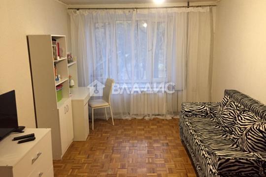2-комн квартира, 42.8 м2, 2 этаж